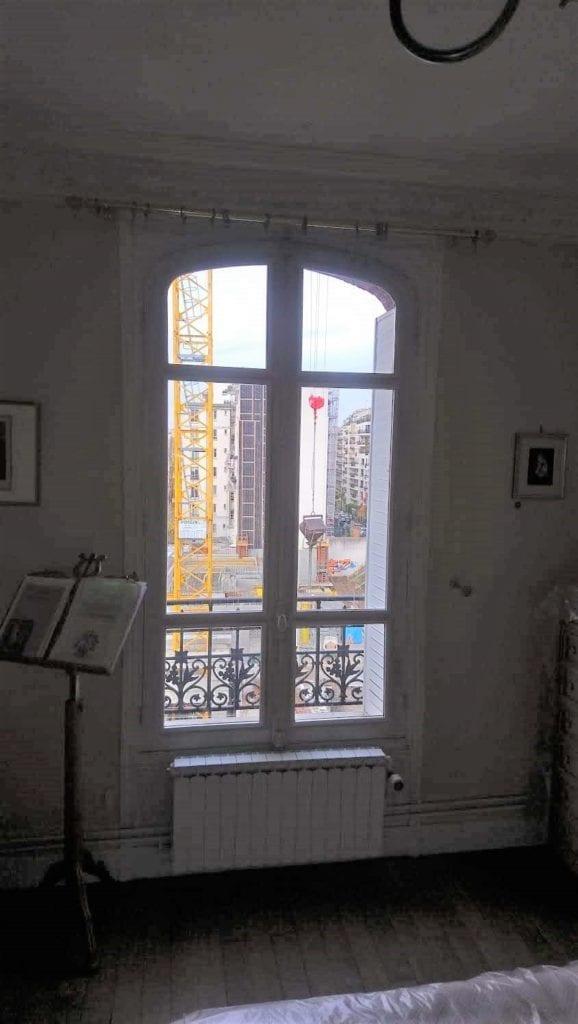 Fenêtre rénové avec conservation du bâti en bois